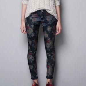 • zara dark wash floral skinny jeans/jeggings •